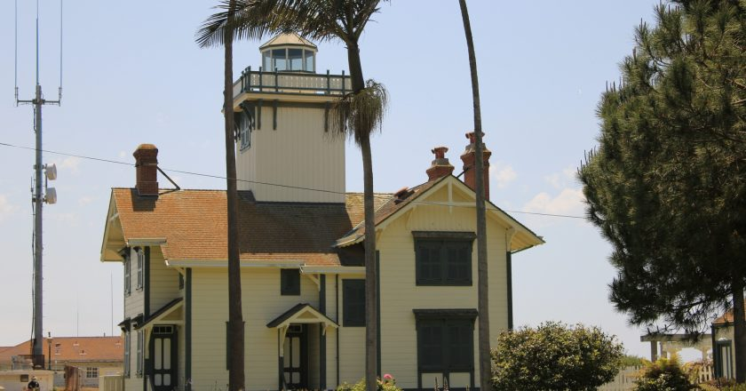 Lighthouses of Los Angeles